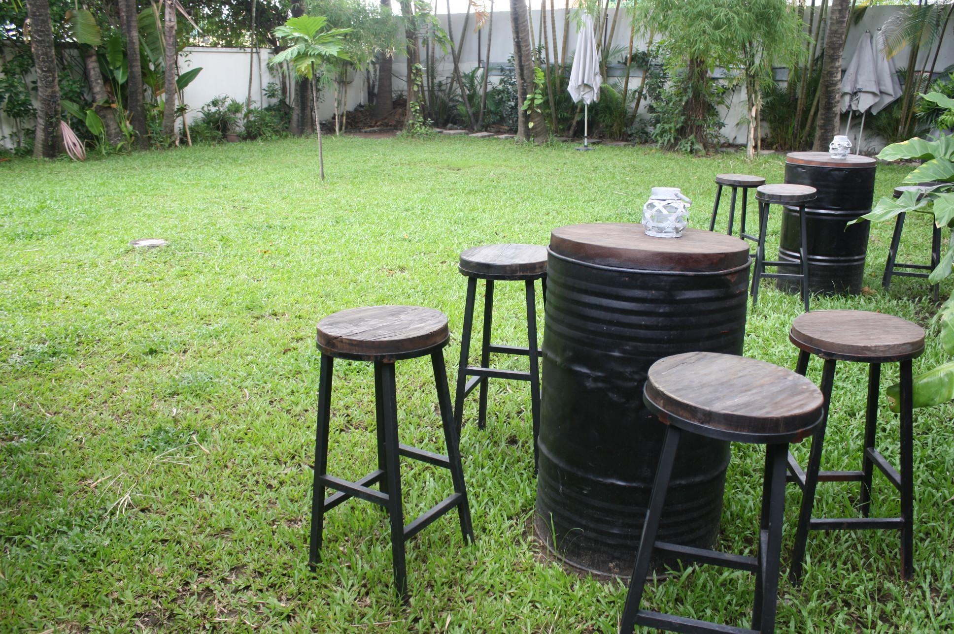 「MAD House」の芝生スペース