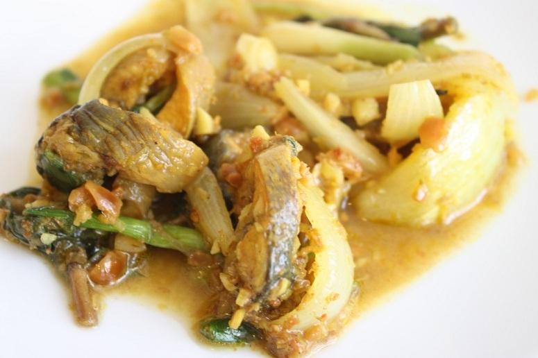 ベトナム風魚のカレー煮
