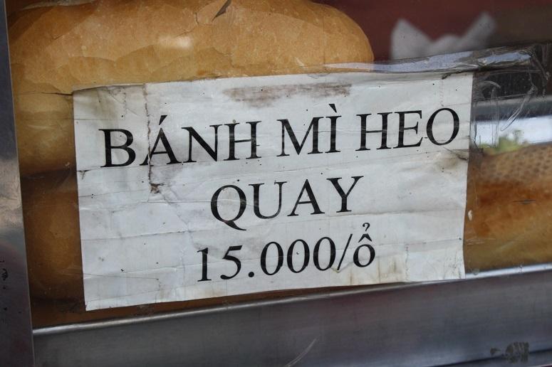 BANH MI HEO QUAY 15,000/o