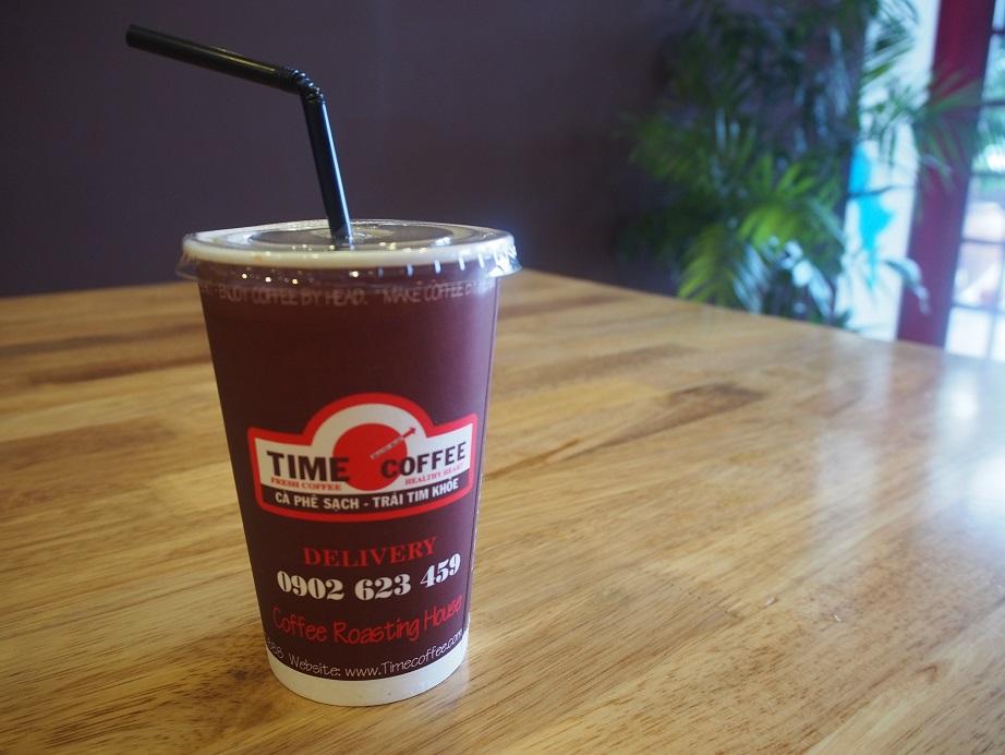 「TIME COFFE」のテイクアウト用カップ