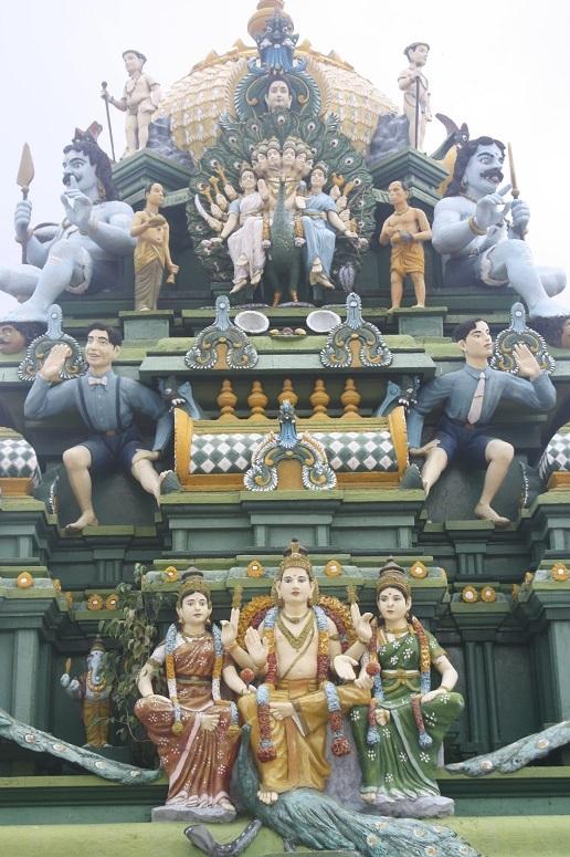 ヒンドゥー教の神々の彫刻