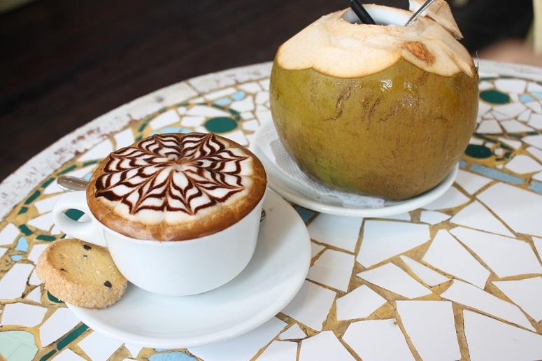 「CAFFE Molinari」