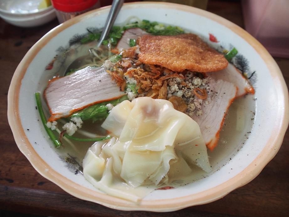 「QUANG CHAU(廣州)」のワンタン麺