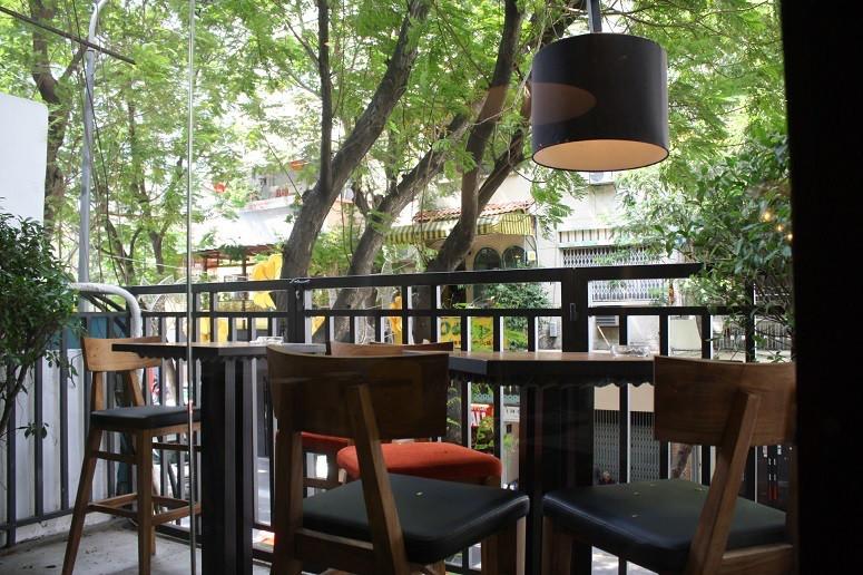 M2C bistro & café