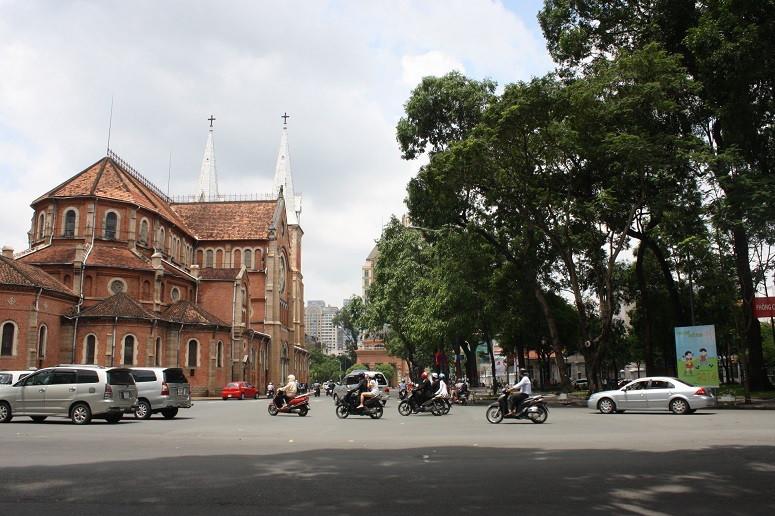 サイゴン大教会と4月30日公園