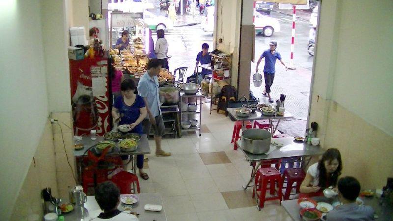 チュンディン店の店内(1階)