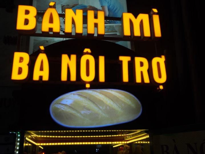 BANH MI BA NOI TRO
