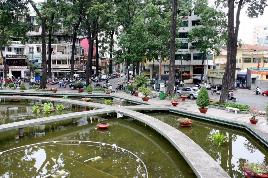 亀池(Ho Con Rua)