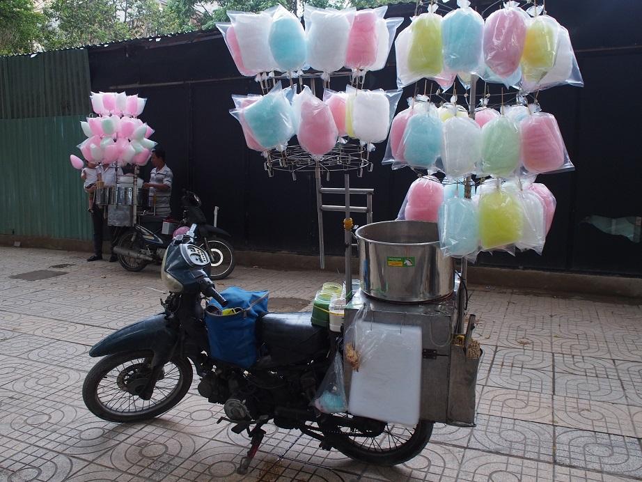 ベトナムの綿菓子屋さん