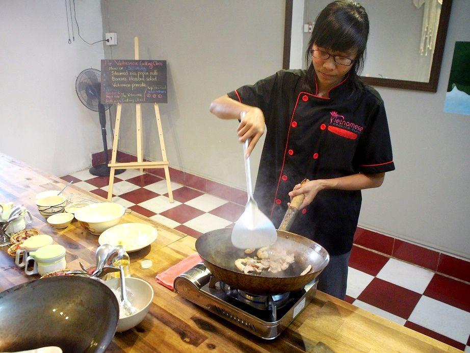 ベトナム料理教室「The Vietnamese COOKING CLASS」~バインセオ編~