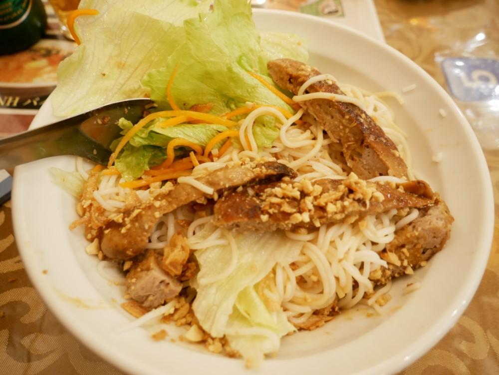 【名古屋市中区大須】ベトナム人率の高いディープなベトナム料理店「フォーゴン★大須」