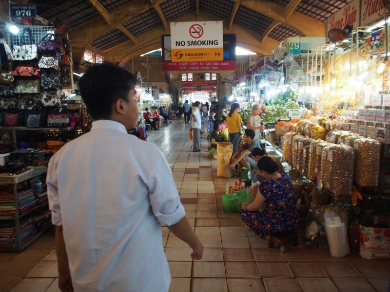 ベトナム料理教室「Mai Home cooking class」①〜市場ツアー&野菜の飾り切り編〜
