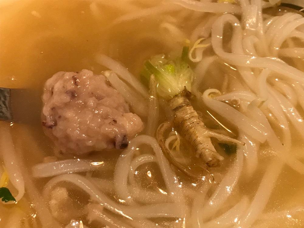 【大名古屋ビルヂング】タイ料理店「Spice Lip」で鶏肉のフォーを食べました。