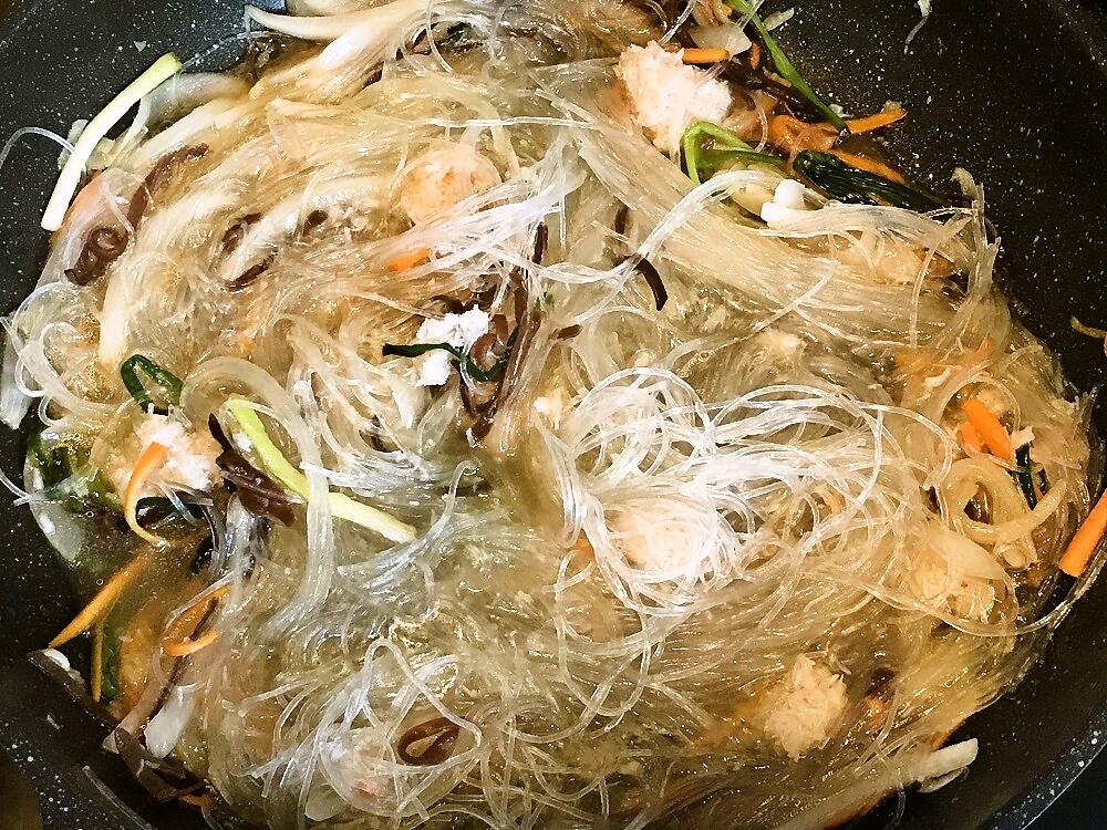 【レシピ付】蟹入り春雨炒め「ミエンサオクア」を作ろう♪
