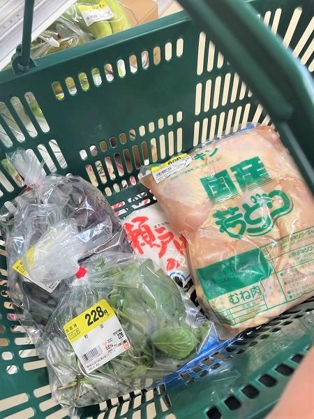 【名古屋市南区】ベトナム・中華食材が豊富!楽しい精肉店「鳥浩」