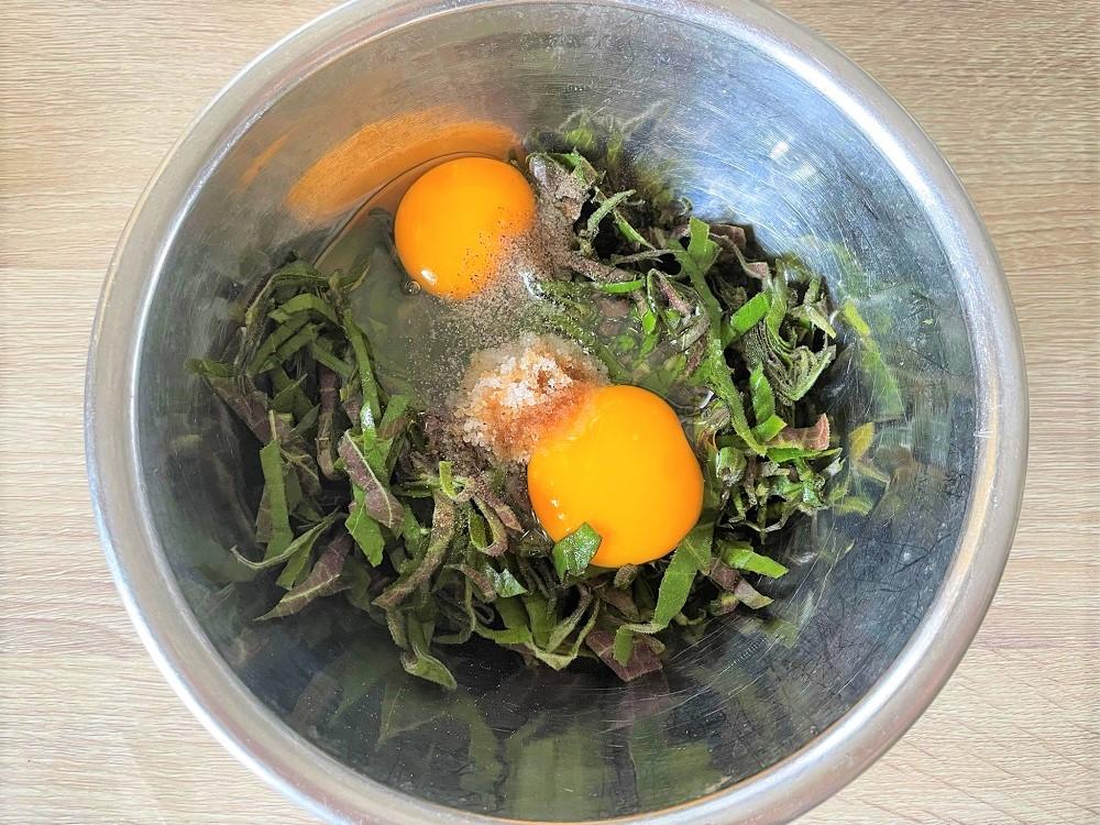 モーの葉入り卵焼き(trứng chiên lá mơ)を作ってみた!